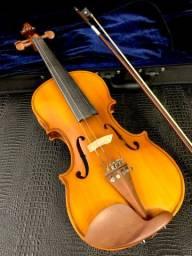 Violino Eagle Modelo VK-144 Serial 4/4 Completo com Arco / Breu e Case