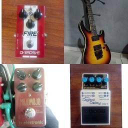 Guitarra e pedais a venda - Leia o anúncio