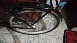 Bicicleta seminova.