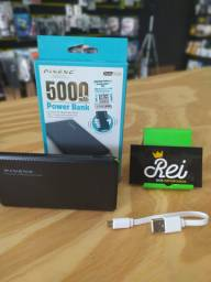 Bateria Portátil Pineng 5.000mAh ultra slim com cabo v8 e adaptador de v8/Iphone embutido