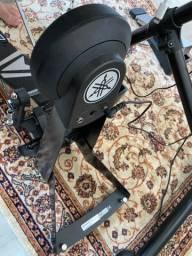 Pad bumbo eletrônico Yamaha + pedal