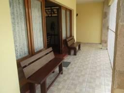 Casa a 95 mt da Praia do Itagua em Ubatuba. Acom. p/ 12 pessoas, gar 3 carros