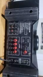 Amplificador 1800D - Cygnus.