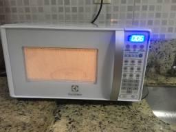Microondas Electrolux 20L 127v