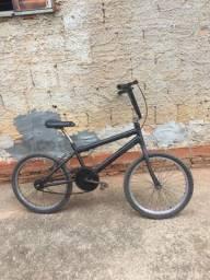 Vendo bicicleta 100 reias
