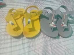 Sandália r$ 15