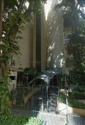 Excelente apto studio na Frei Caneca 277