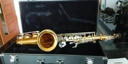 Vendo sax alto yas 26 Yamaha completo