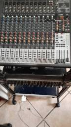Mesa de som Behringer 2442FX Usb