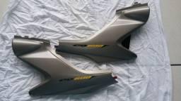 Hornet carburada par carenagem tampa lateral original usada