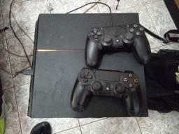 Playstation 4 PS4 (2 controles originais)