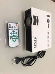 Mini Projetor Uc40