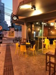 Vendo Ponto Com estrutura Completa para Conveniência / Açai / Café