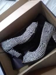 Sapato de luxo número 37