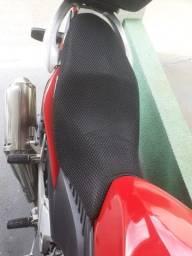Capa protetora chuva sol banco moto