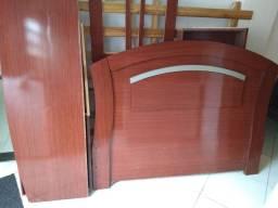 Cama de casal com gavetas 500 reais