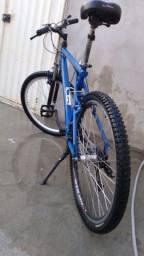 Bike gt aro26 super confortável