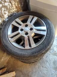 Jogo de rodas aro 15 pneus novos 195/55