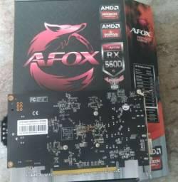 Placa de vídeo 4gb gigas rx560 gddr5 nova na caixa c/ garantia gamer igual gtx 1050ti