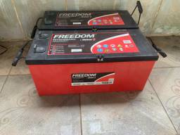Vendo 02 baterias estacionárias freedom df2500 com garantia