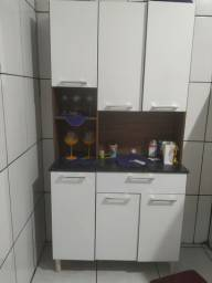 Armário de cozinha 3 meses de uso