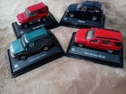 Mitsubishi Pajero, Mercedes 320, BMW X5 e Toyota Land Cruiser Prado