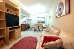 Casa duplex com 3 quartos, e quintal na parte de trás- Em Colina de Laranjeiras!