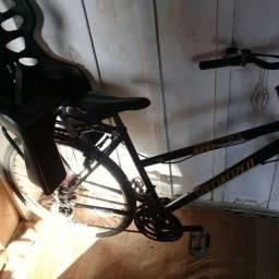 Bicicleta tudo funcionando em ótimo estado cadeirinha 25kg nova bagajeiro novo