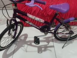 Bicicletas modelo feminino R$200,00