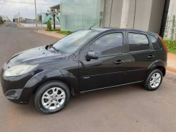 Ford Fiesta hatch 2010/2011 1.6 completo