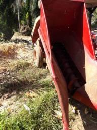 colhedeira de milho fogetinho