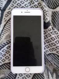 Vendo iPhone 7plus ou troco por um inferior mais volta