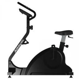 Bicicleta modelo profissional com sensor de pulso e cardio e níveis de treino