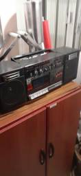 Rádio antigo toshiba