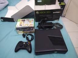 Xbox destravado impecável completo com muitos jogos