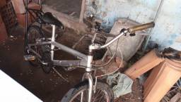 Vendo bmx top com machar surper conservada