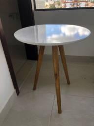 Mesa redonda pé palito