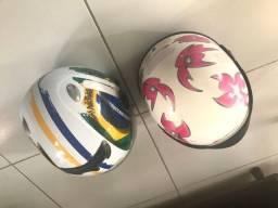Vendo um par de capacete
