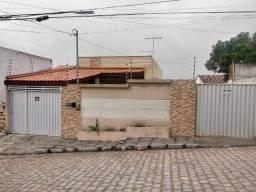 Casa á venda no Alto Branco - Campina Grande