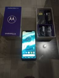 Celular Moto One zero 700