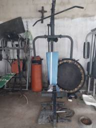 Máquinas pra exercício físicos