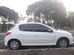 Peugeot 207 Active 1.4 Completo