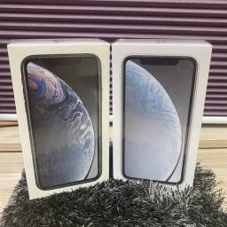 Loja física. iPhone XR 128gb novos lacrados caixa completa 1 ano apple. Retira HJ.