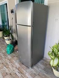Geladeira Refrigerador Frost Free - 380 L USADA