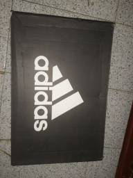 Chuteira Futsal Adidas Artilheira IV IN - 40 (usada)