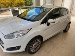 New Fiesta Sedan Titanium 1.6 Aut. 2015 Única dona