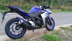 Moto R3 semi nova