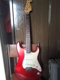Guitarra Memphis strato Mg 22 seminova para a venda.