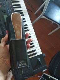 Título do anúncio:  teclado roland juno di