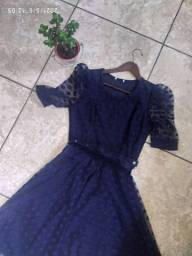 Vestido social azul de bolinha